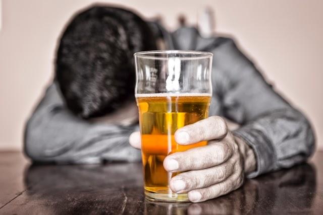 10 Dampak Negatif Alkohol dalam Pandangan Islam