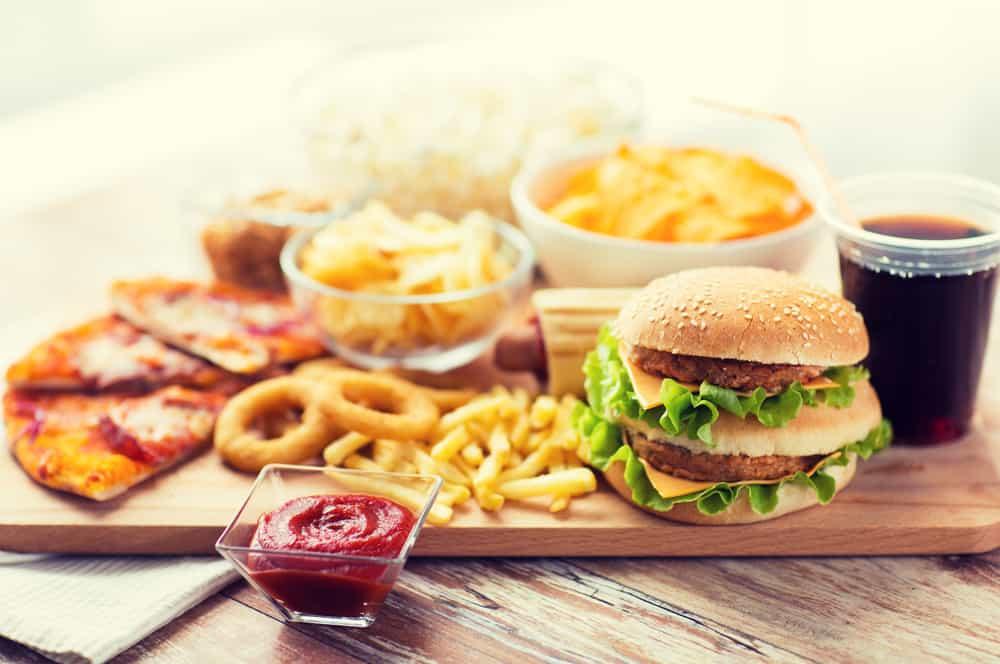 6 Jenis Makanan Sehari-hari yang Berbahaya Jika Dikonsumsi