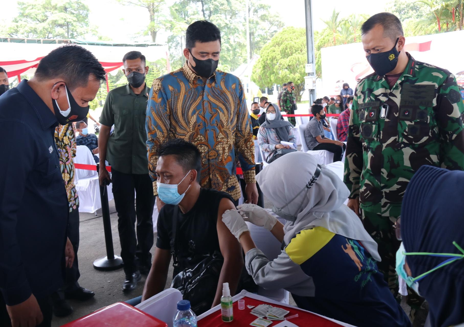 Bobby Nasution Optimis Herd Immunity di Medan Tercapai