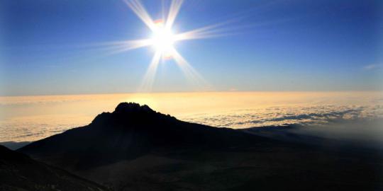 Doa Ketika Melihat Pancaran Sinar Matahari