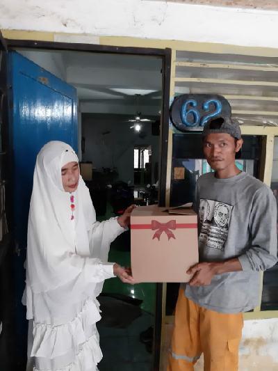 FJPI Sumut Bagikan Paket Sembako untuk Warga Terdampak Covid-19