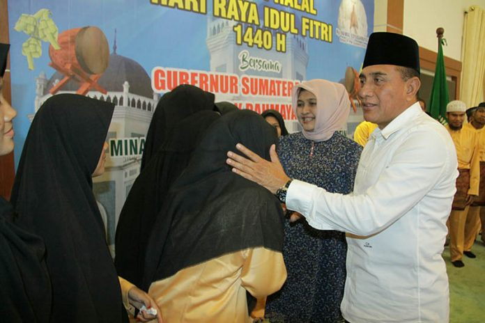 Gubernur Sumut Lepas Kafilah STQ Nasional XXV Pontianak