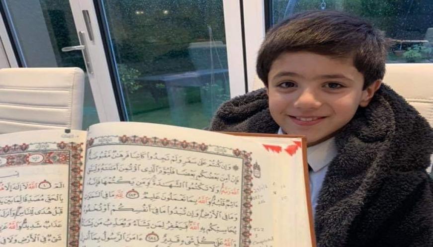 Ikuti Jejak Kakak, Bocah Tujuh Tahun Asal Inggris Ini Hafal Seluruh Ayat Alquran