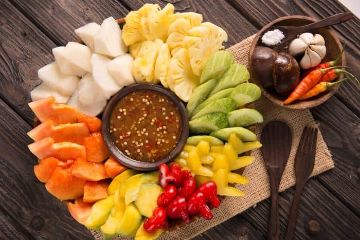 Nutrisi Rujak, Camilan Sehat dan Segar di Mulut