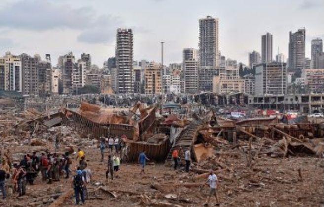 Pasca Ledakan Beirut, Ratusan Ribu Orang Mengungsi