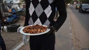 Pemuda Kristiani Senegal Pasok Makanan Berbuka Puasa