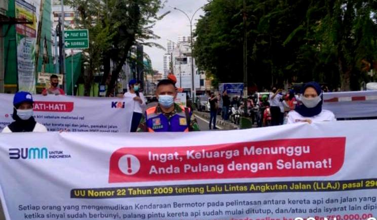 PT KAI Sosialisasikan Disiplin Lalu Lintas di Perlintasan Sebidang