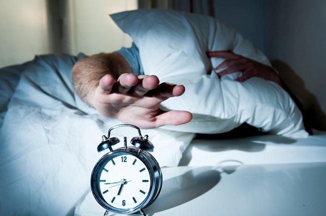 Tiga Langkah Melepas Ikatan Setan Saat Bangun Tidur