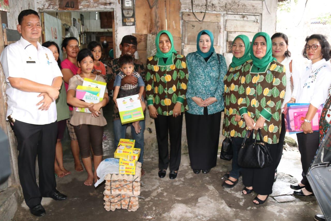Tim Evaluasi Tertib Administrasi PKK Kota Medan Kunjungi Kelurahan Binjai